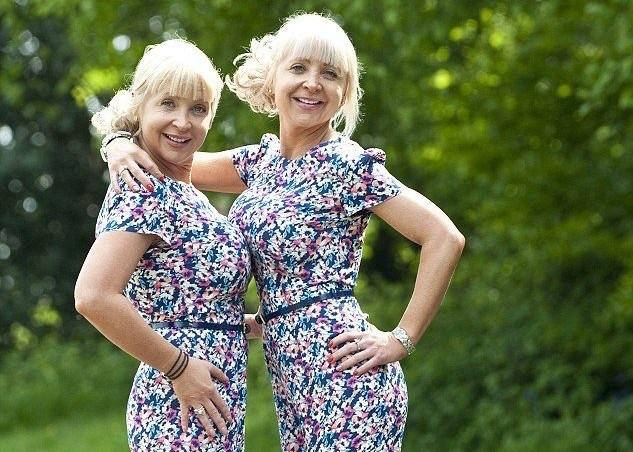 Джо и Керри Бертон: близнецы делают одинаковые операции красота, модификации, операции, пластика, пластическая хирургия, трансформации, фото, фрики