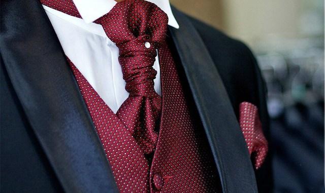 Как правильно завязать мужской галстук