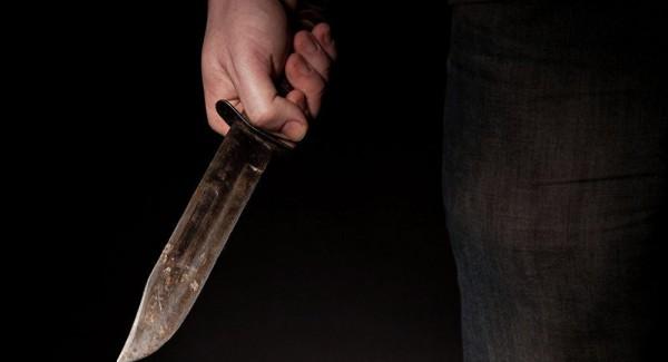 В Севастополе мужчина зареза…
