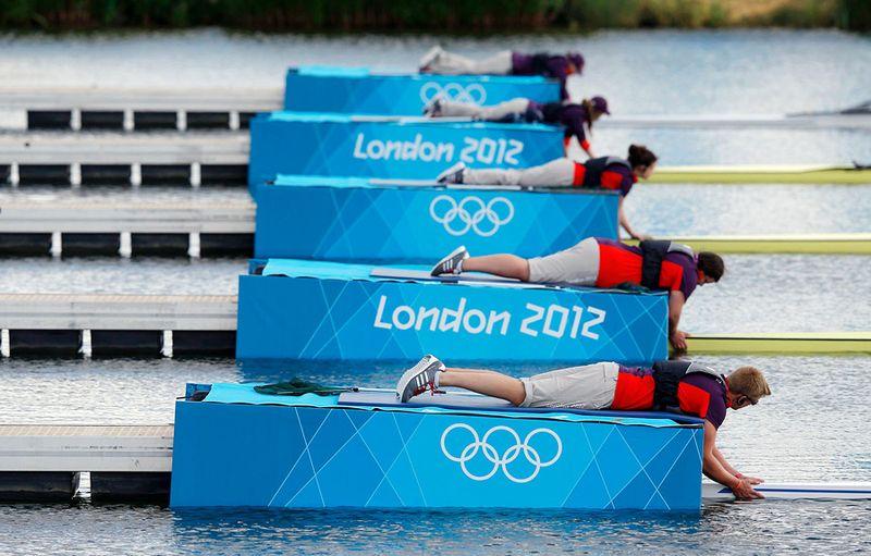 лодка для соревнований гребцов называется