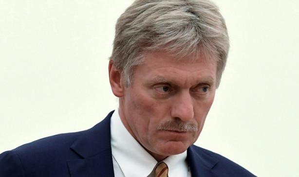 Песков заявил, что Путин не стал отменять встречу с Болтоном