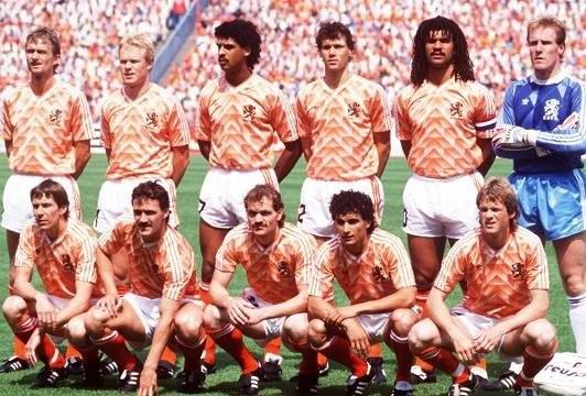 страницу пользователя, че 1988 по футболу воздуха
