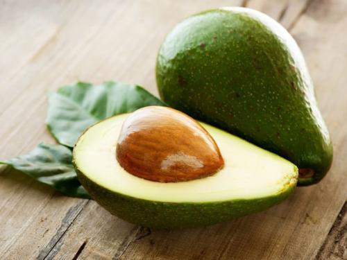 Не выкидывайте косточку от авокадо!