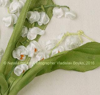Ландыши. Вышиваем цветы. Вышивка лентами с вдохновением!
