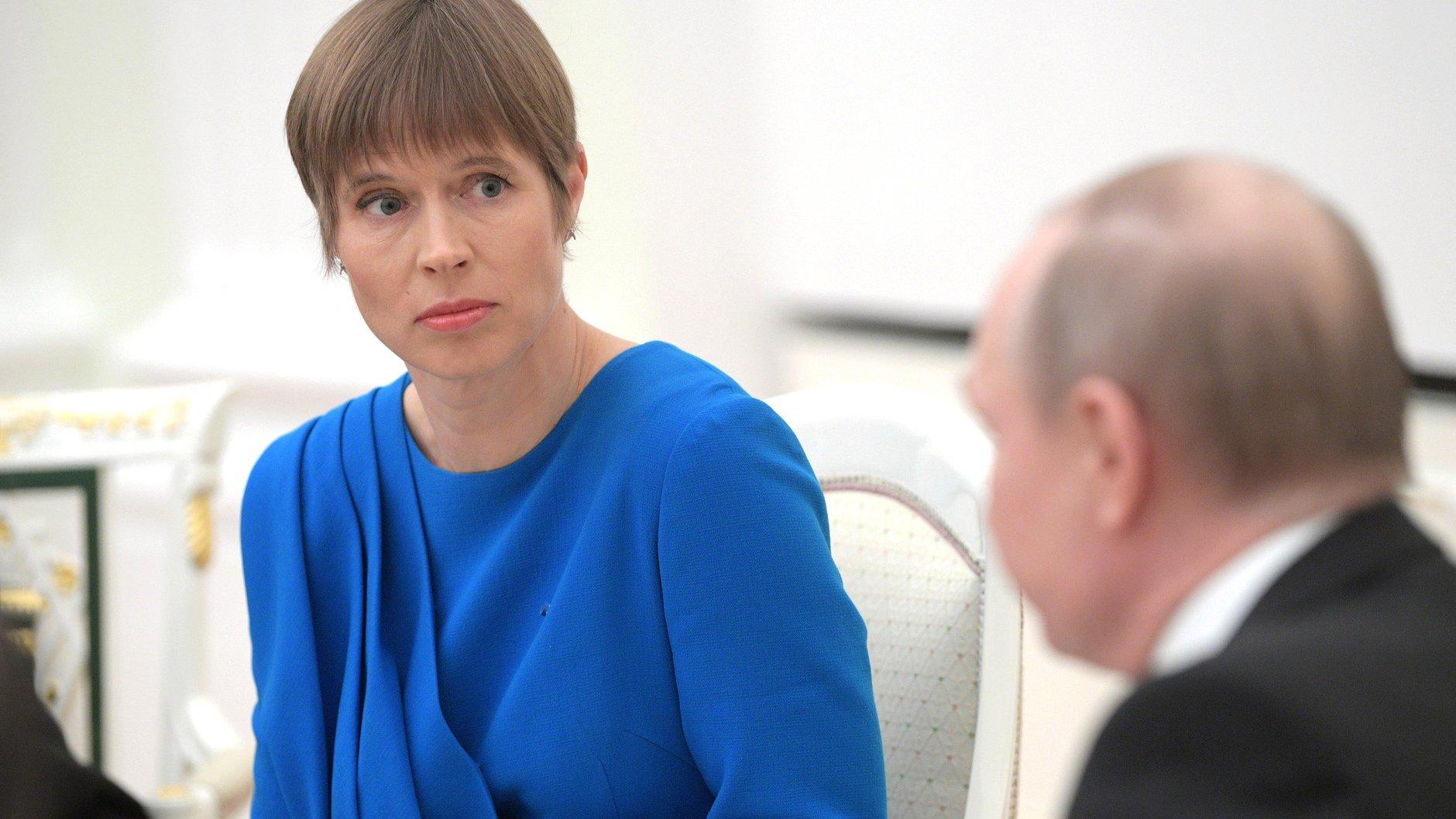 Генерал армии Эстонии Террас назвал визит Кальюлайд в Россию «отклонением от курса»