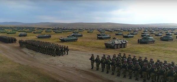 Российские войска во время учений Восток 2018