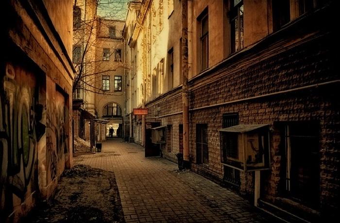 Питерский шик: 25 фото удивительных двориков Санкт-Петербурга