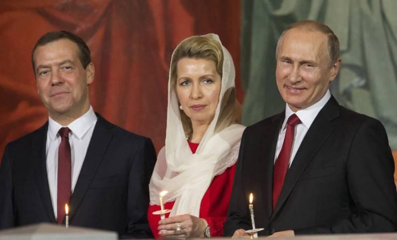 Проект «ЗЗ». Путин и Медведев — близнецы-братья