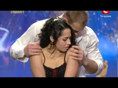 Невероятно завораживающий танец любви