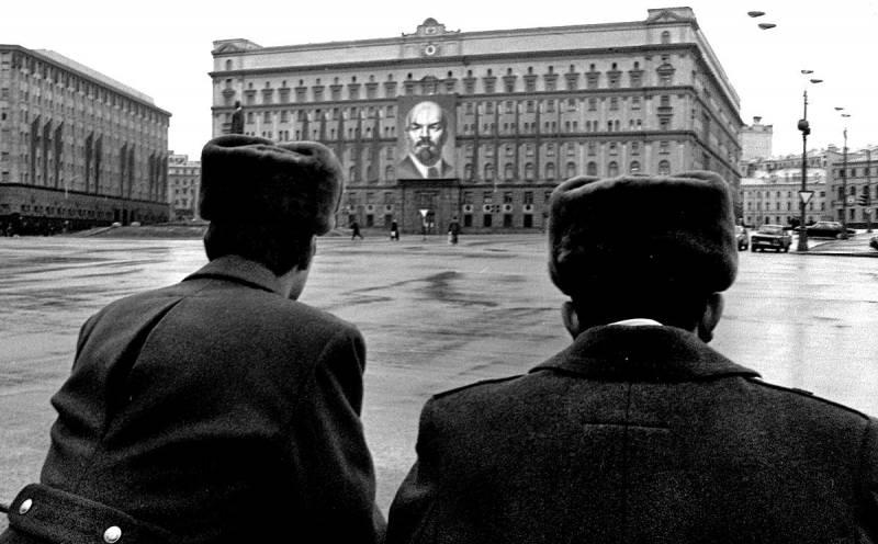 Самые эпичные провалы советской разведки