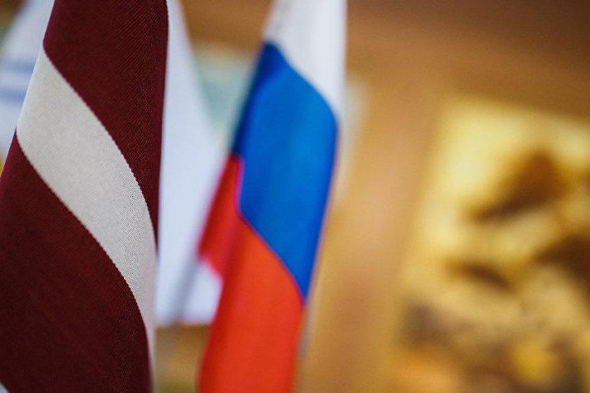 Экс-министр иностранных дел Латвии заявил, что Латвии будет тяжело, если Россия введет транзитные санкции