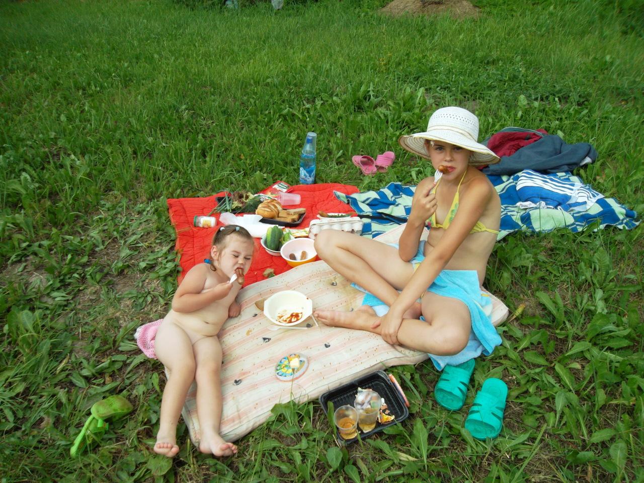 Отдых детей на даче фото