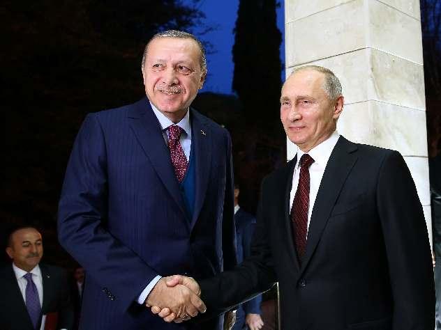 Эрдоган пообещал обсудить с Путиным решение Трампа