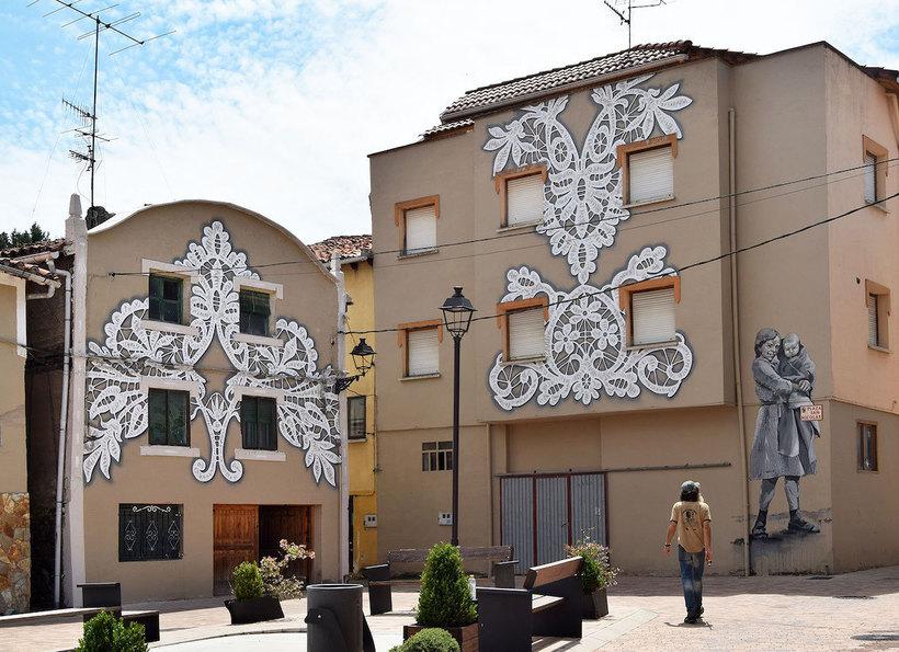 Уличные художники расписали испанскую деревню, чтобы показать красоту местных традиций