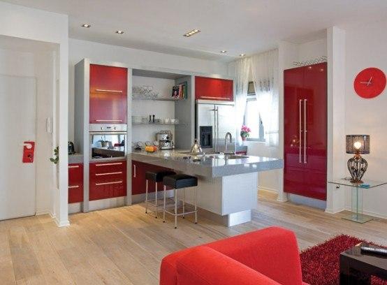 Красно белые кухни в интерьере квартиры фото