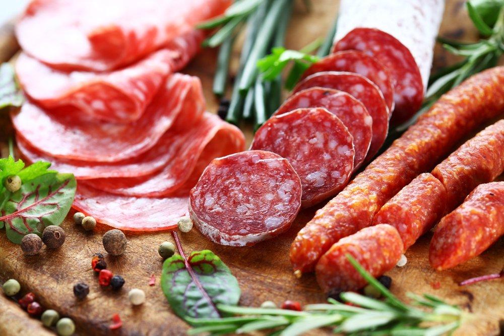 Колбасы и мясные полуфабрикаты