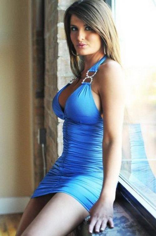 Сексуальные девушки мини х и платьях