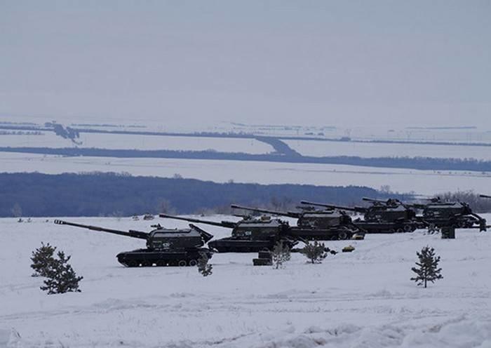 Модернизированные самоходки 2С19М2 «Мста-С» поступили в ЦВО