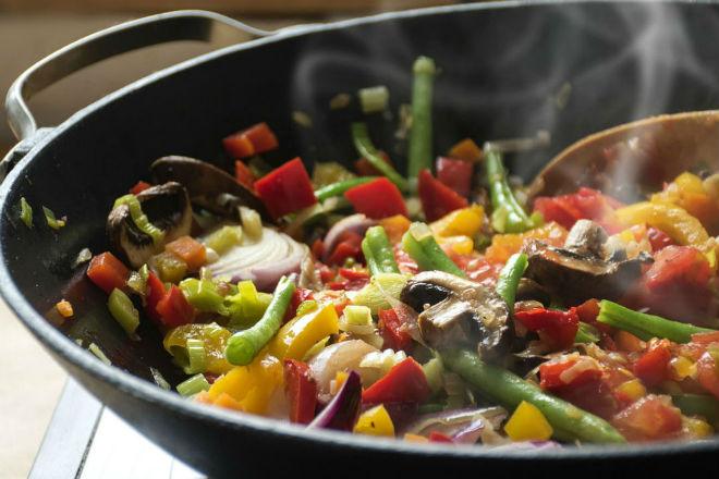Самые здоровые способы приготовить овощи