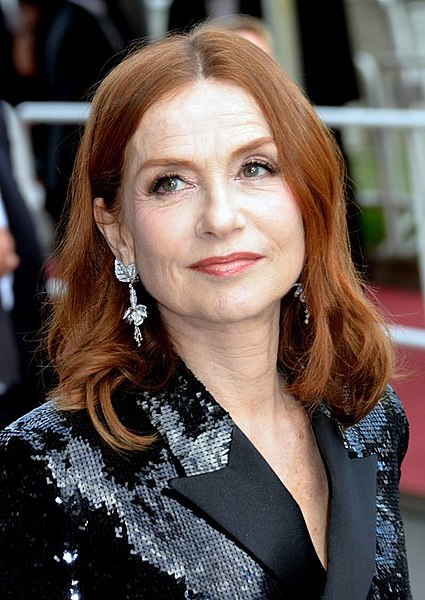 https://upload.wikimedia.org/wikipedia/commons/thumb/5/55/Isabelle_Huppert_Cannes_2018.jpg/425px-Isabelle_Huppert_Cannes_2018.jpg
