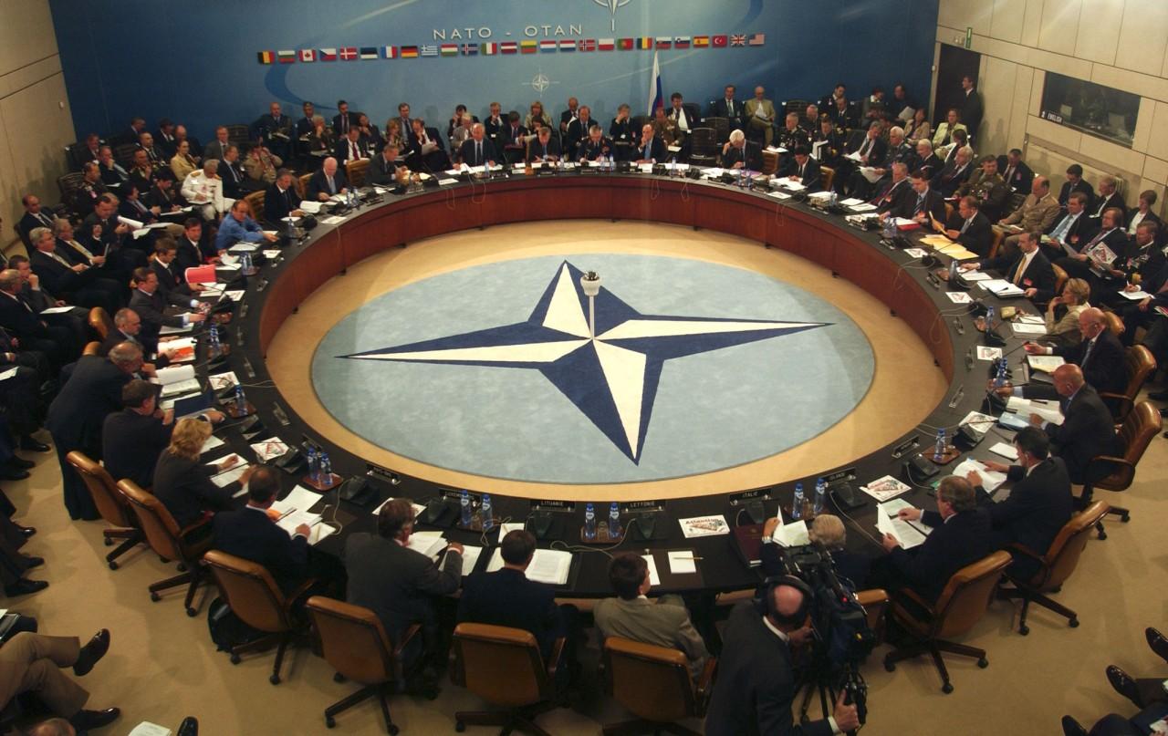 НАТО не будет воевать с Росс…