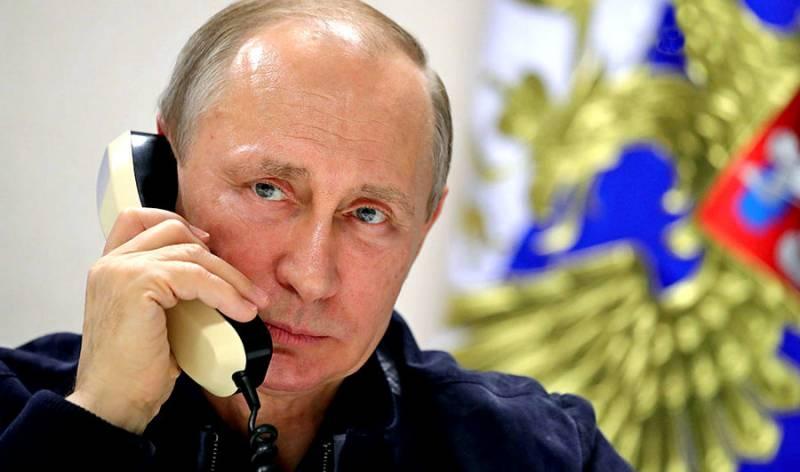Что стоит за звонками Путина главам ДНР и ЛНР?