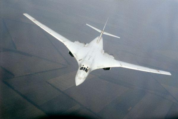 фото самолета белый лебедь