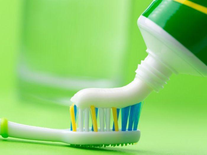 Зубная паста в быту