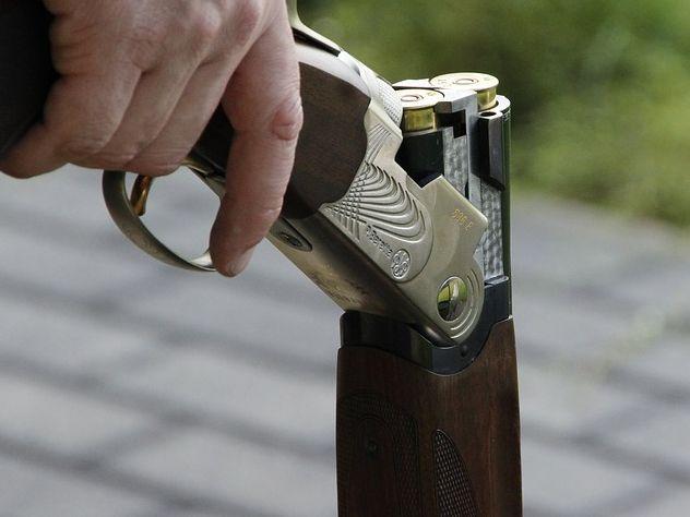 Подозреваемый в массовом убийстве в Керчи месяц назад получил разрешение на оружие
