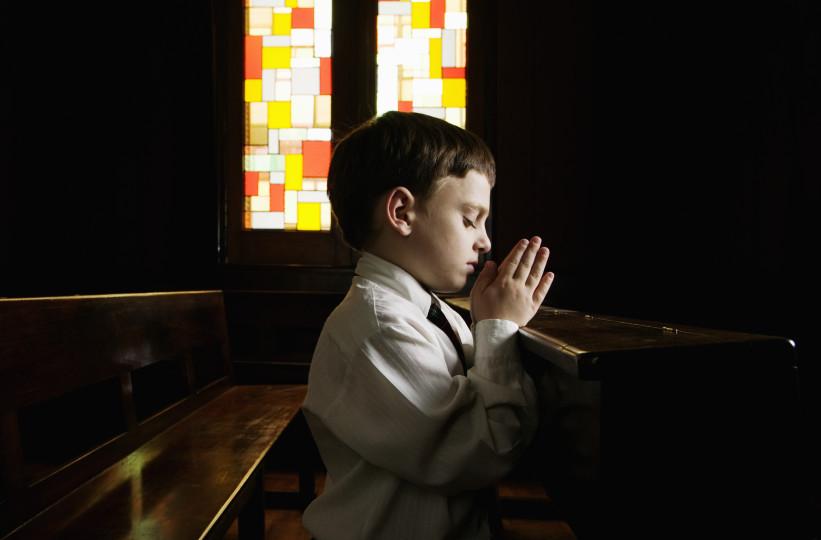 Исследование: Дети из религиозных семей более жестоки, чем их сверстники-атеисты