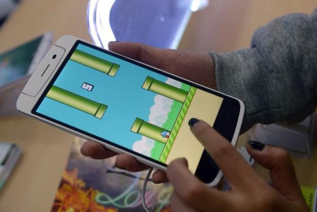 Создатель Flappy Bird выпуст…