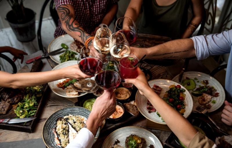 Восемь уловок официантов, о которых следует знать