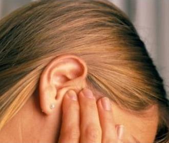 Народные средства для лечения болезней уха