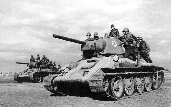 Когда состоялся первый бой немцев с танками Т-34?