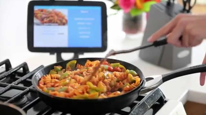 Bluetooth-сковорода для начинающих поваров.