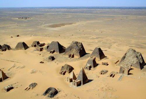 Пирамиды Мероэ. Судан.