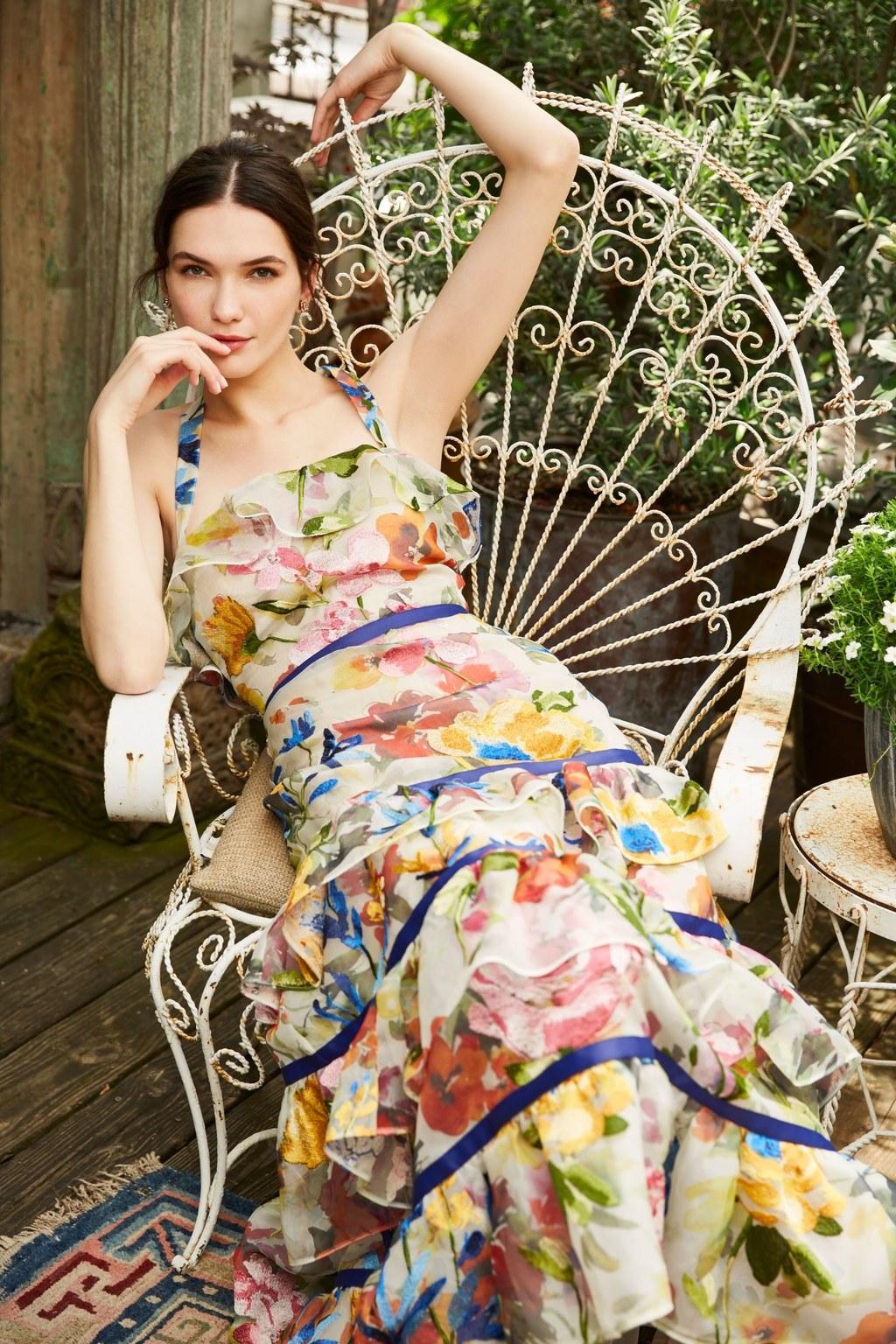 Самые обворожительные сарафаны — как их носят модницы Ч1