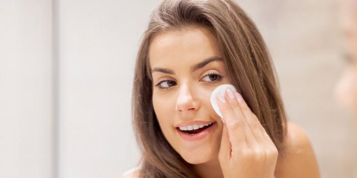 5 волшебных применений «минералки» для кожи