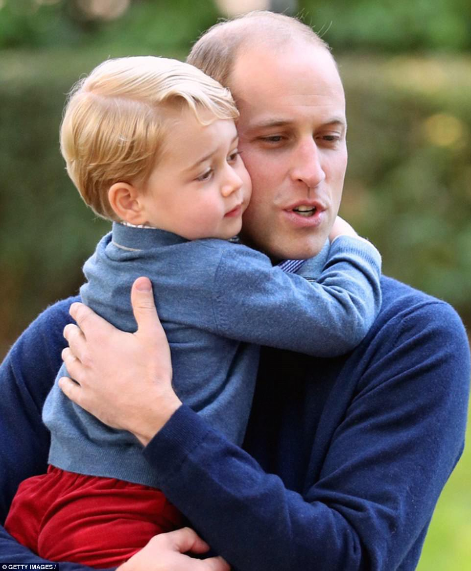 4184DF1E00000578-4615286-In_the_second_photo_posted_on_the_account_Prince_William_cradles-a-28_1497788274118.jpg