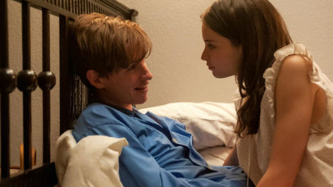 Eddie Redmayne stars in new trailer for The Theory Of Everything: watch now