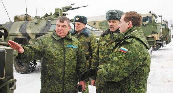 Почему не наказали Сердюкова за провал армейских реформ