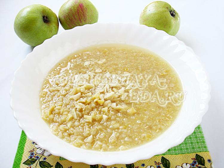 Пшеничная каша на яблочном соке