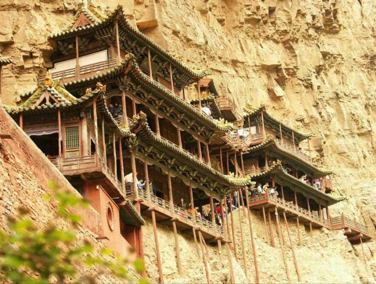 Hanging_Temple1