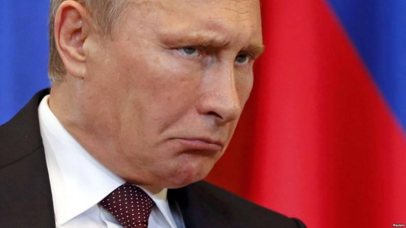 Тише воды, ниже травы. Кремл…