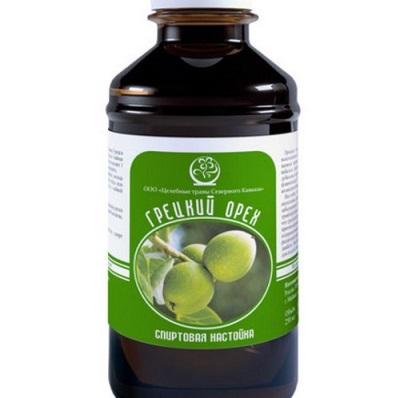 Настойка из зеленых грецких орехов рекомендована при многих заболеваниях