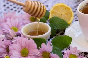 Медовая вода для лечения глаз