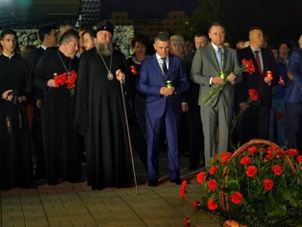 ВПриднестровье зажгли свечи впамять опогибших вВеликой Отечественной во