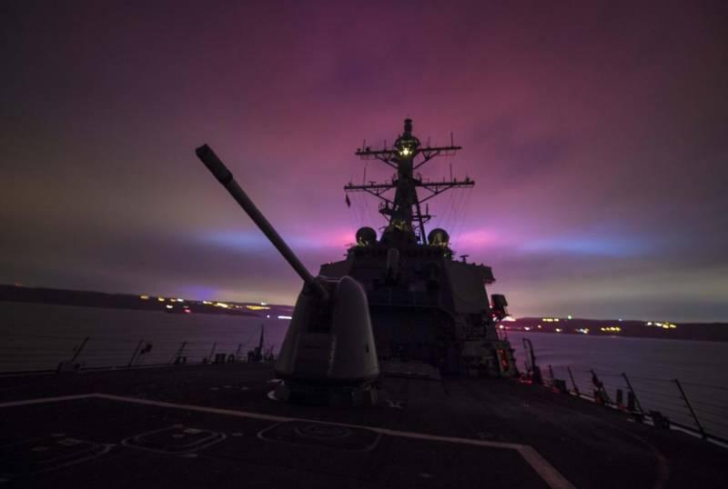Язык силы в действии: ВМФ Ро…