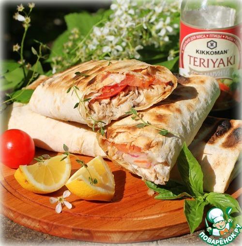 Прекрасный турецкий фаст-фуд с запеченной скумбрией