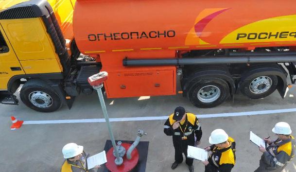 ФАС нашла виновного в повышении цен на бензин